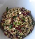 Kvinoja v solati z granatnim jabolkom